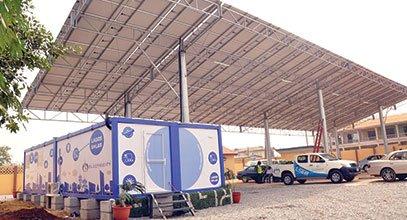 Kontenieri i gjenerates se re Karmod perdoret per ruajtjen e energjise diellore ne Nigeri